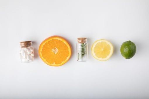 Ποιες βιταμίνες βοηθούν τον οργανισμό σου κατά την εμμηνόπαυση